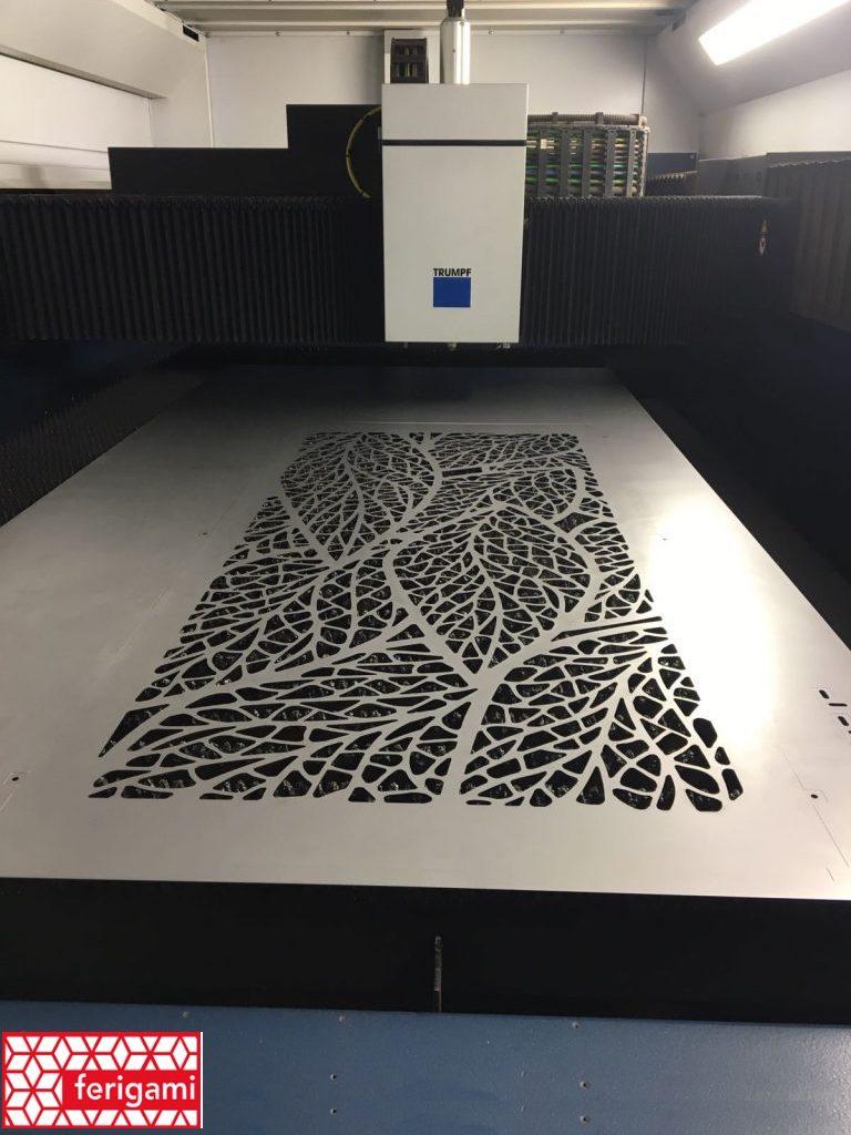 Tole décorative découpée au laser de la gamme FERIGAMI