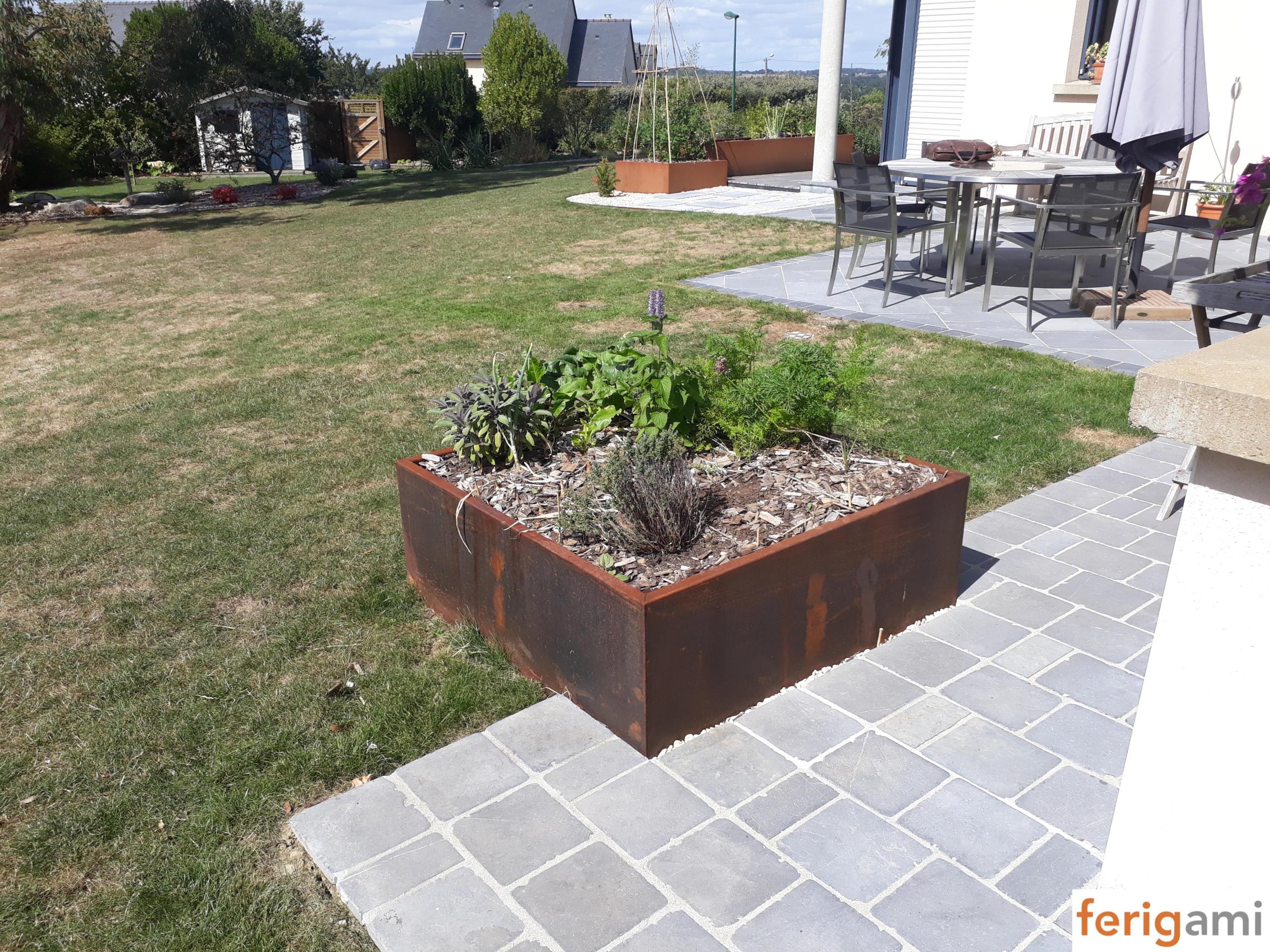 jardiniere corten Ferigami